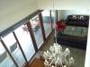 Vista al living/comedor desde el segundo piso