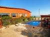 Sector piscina y terraza
