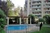 Fachada y piscina